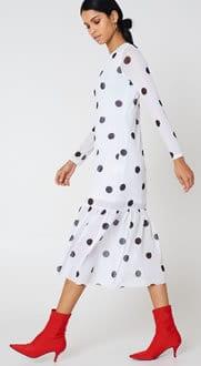 Women's fashion Long white dresss with black dots